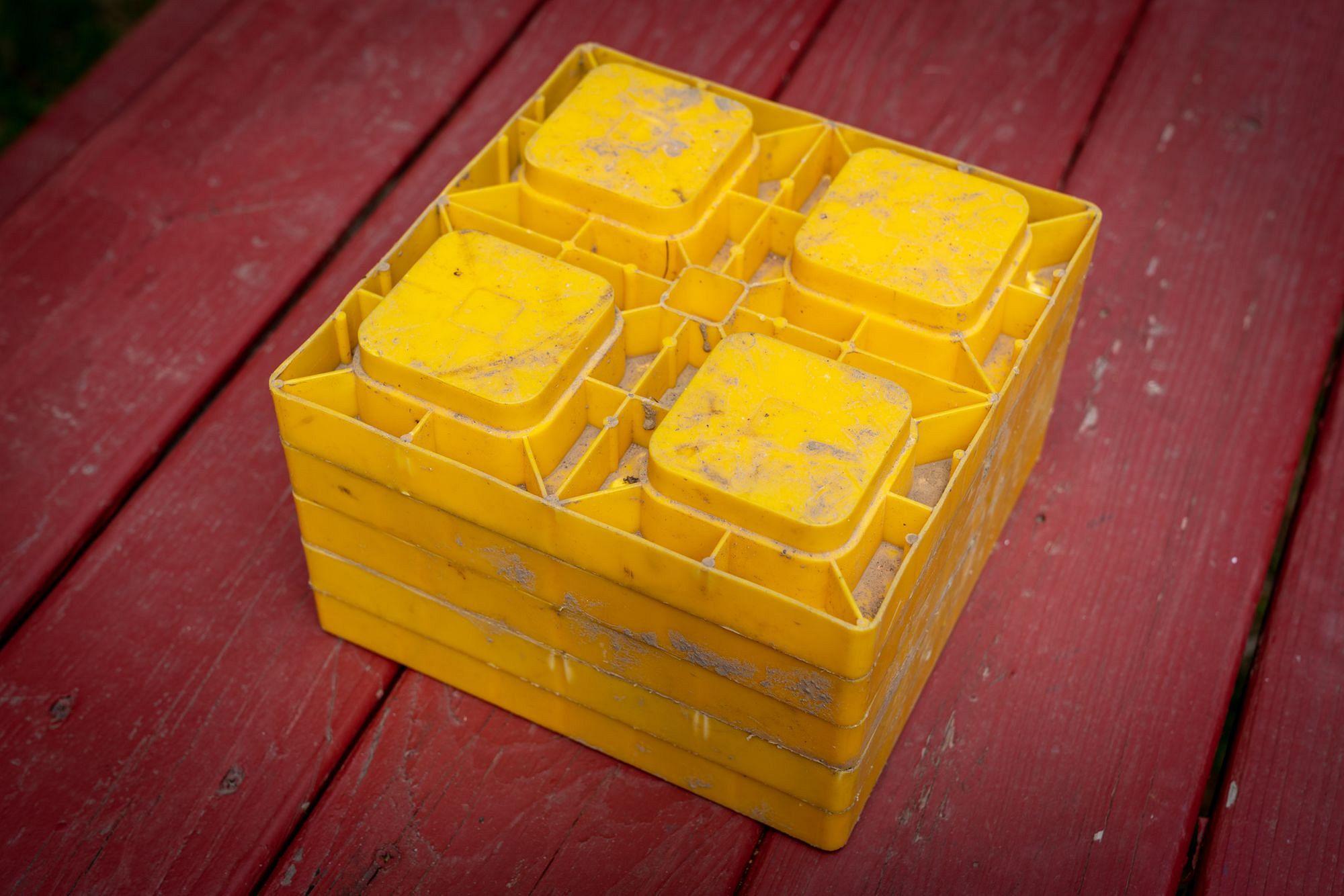 Camco Yellow Blocks