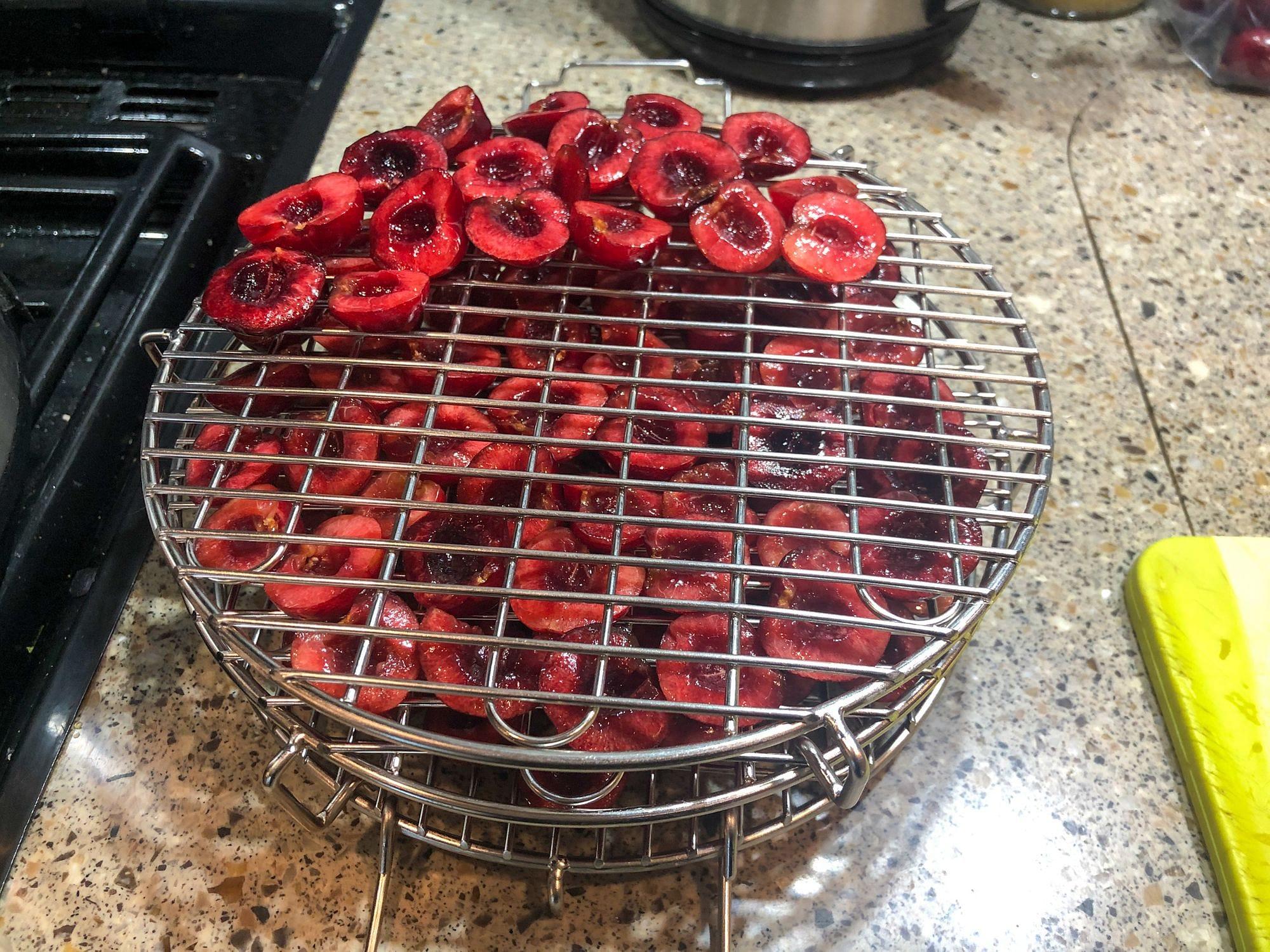 Dehydrating Cherries