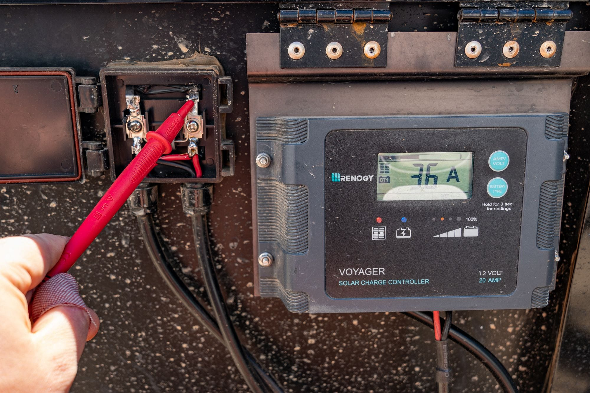Renogy Voyager Charge Controller