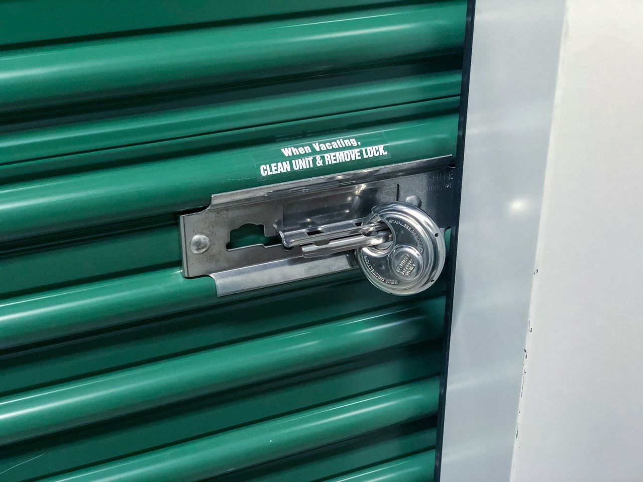 How to Choose a Storage Unit Lock