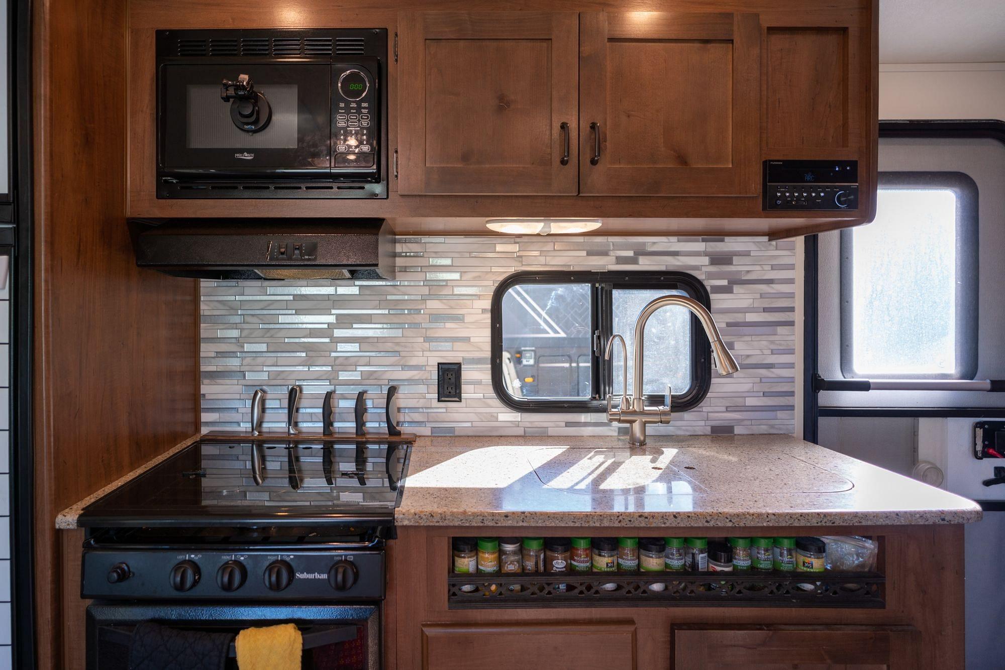 RV Kitchen Backsplash
