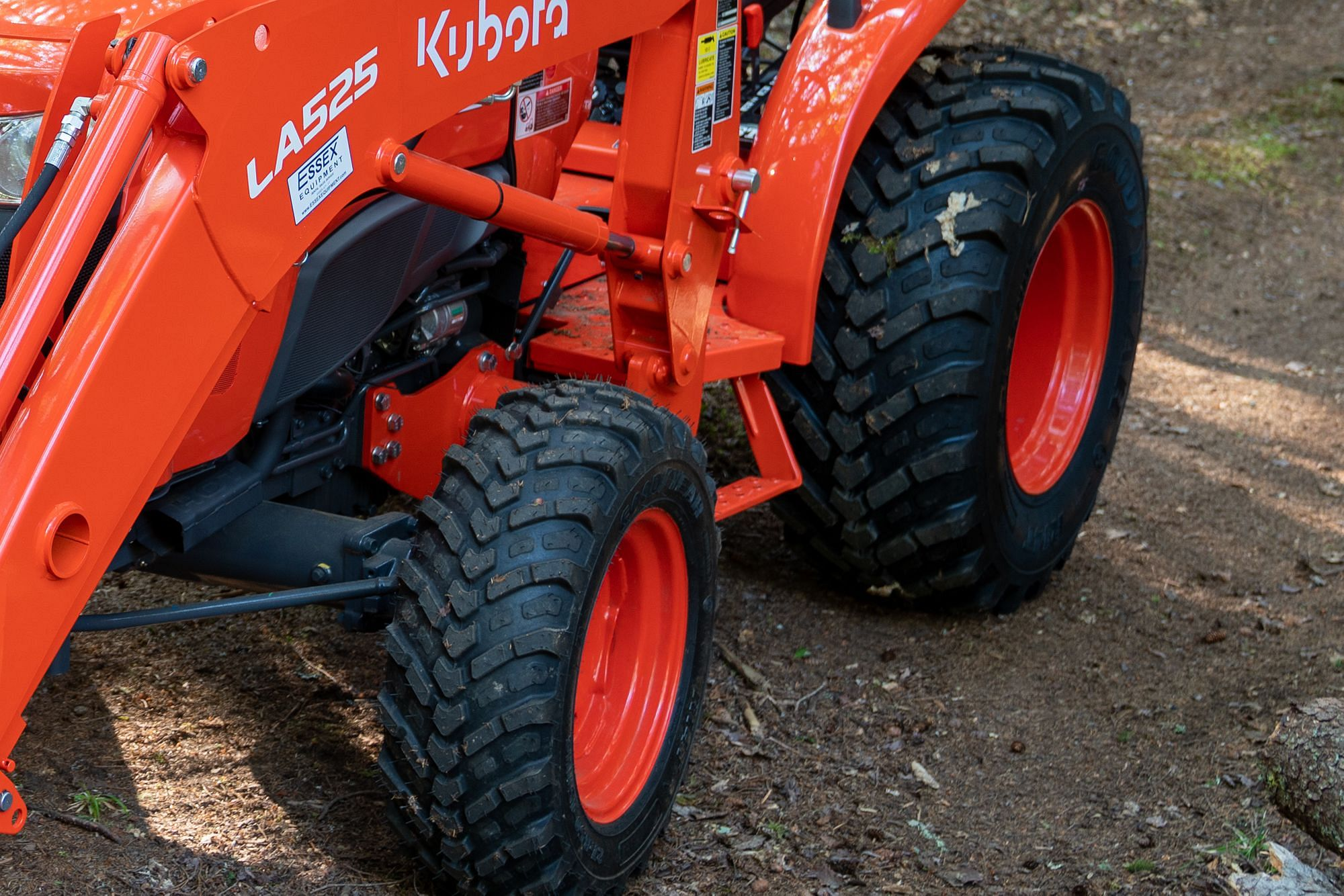 R14 Loaded Tires