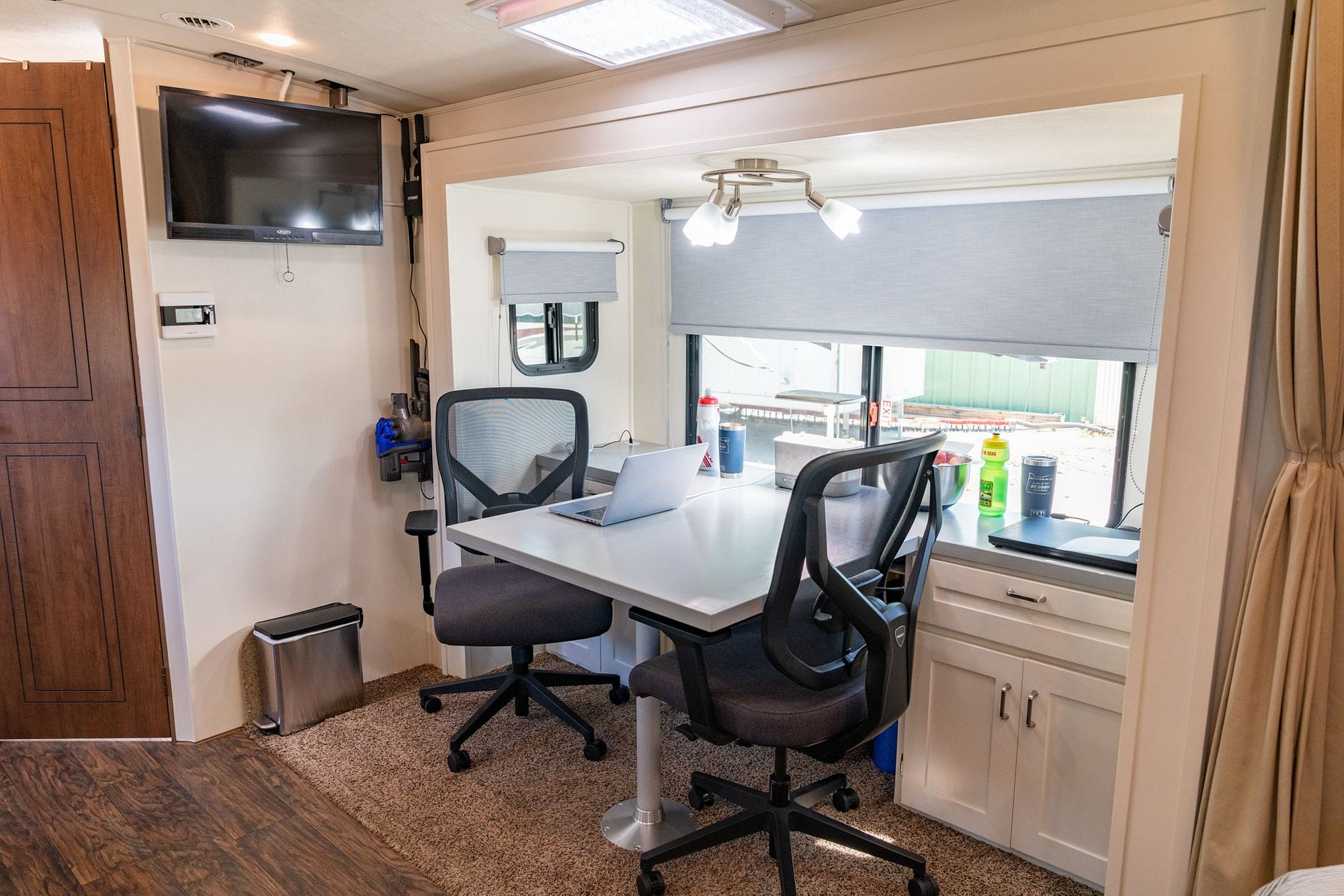 RV Office