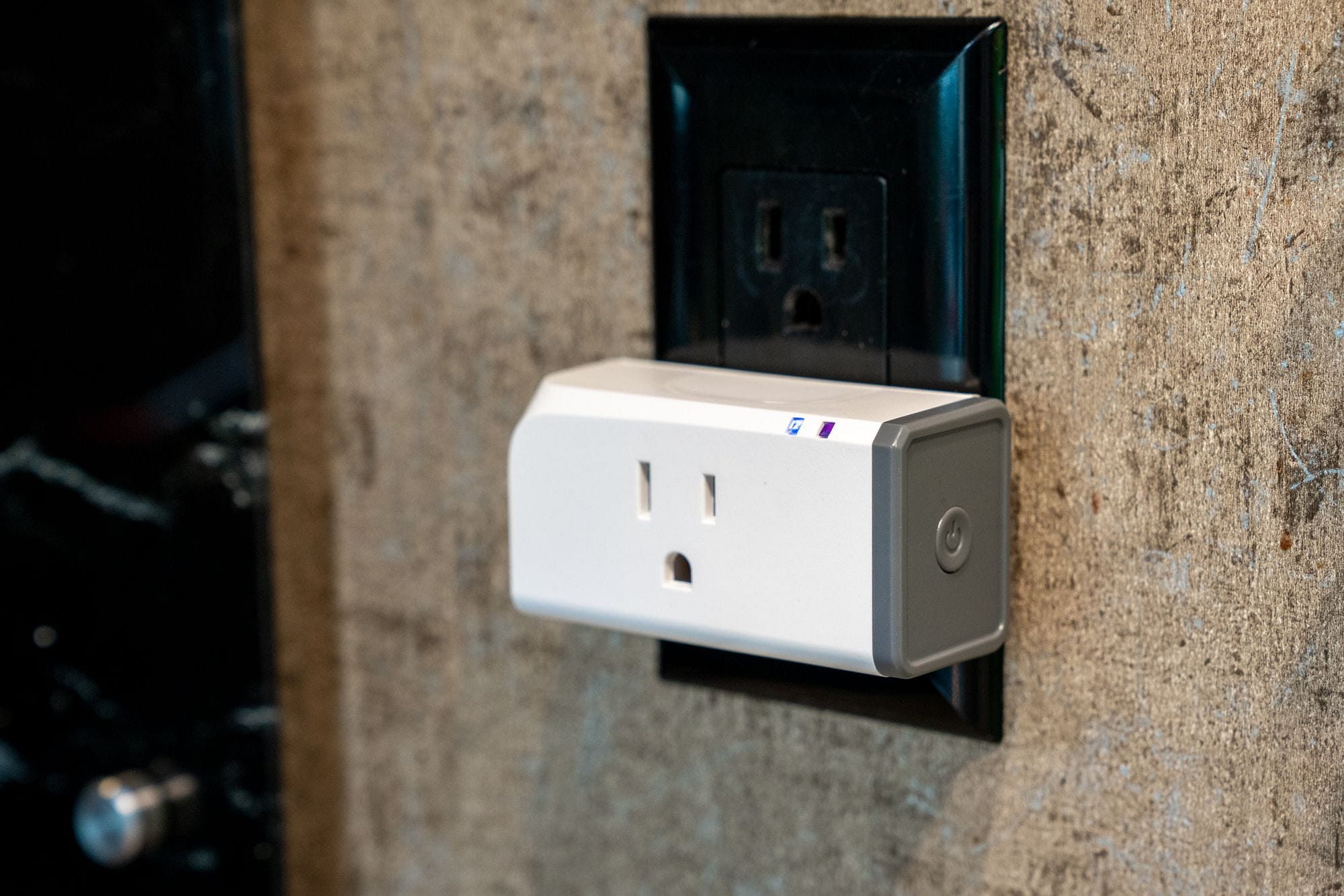 Sonoff S31 Smart Plug Review and Tasmota Installation