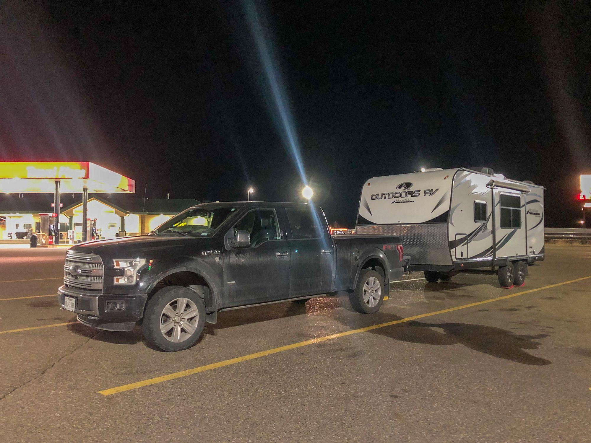 RV Parking at Travel Plazas