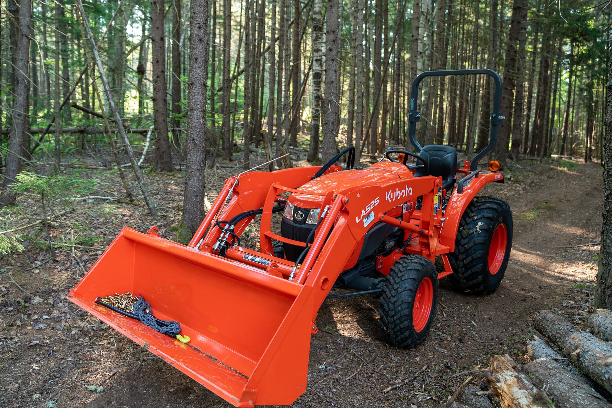 Kubota L3901 Compact Tractor