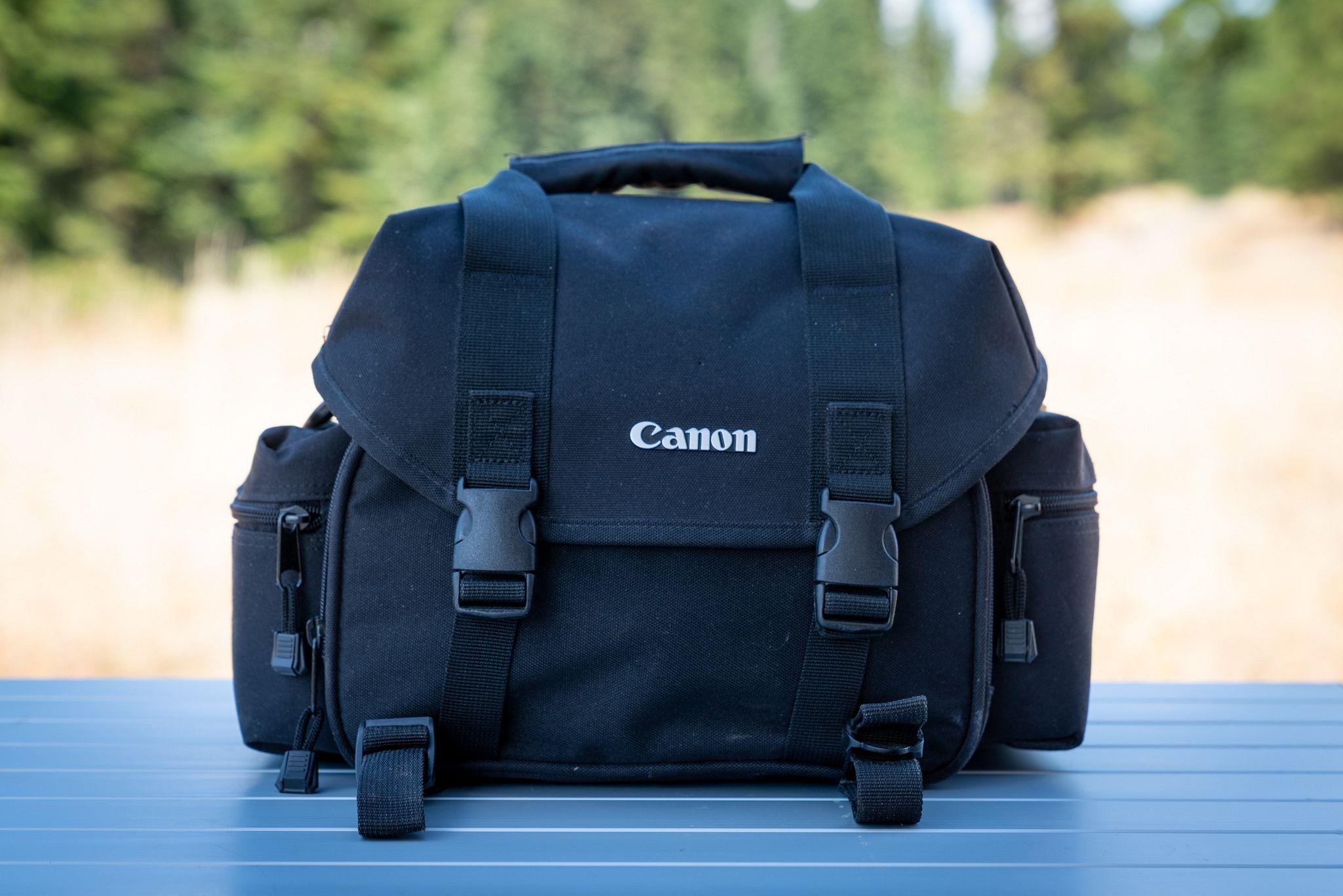 Canon 2400 SLR Gadget Bag