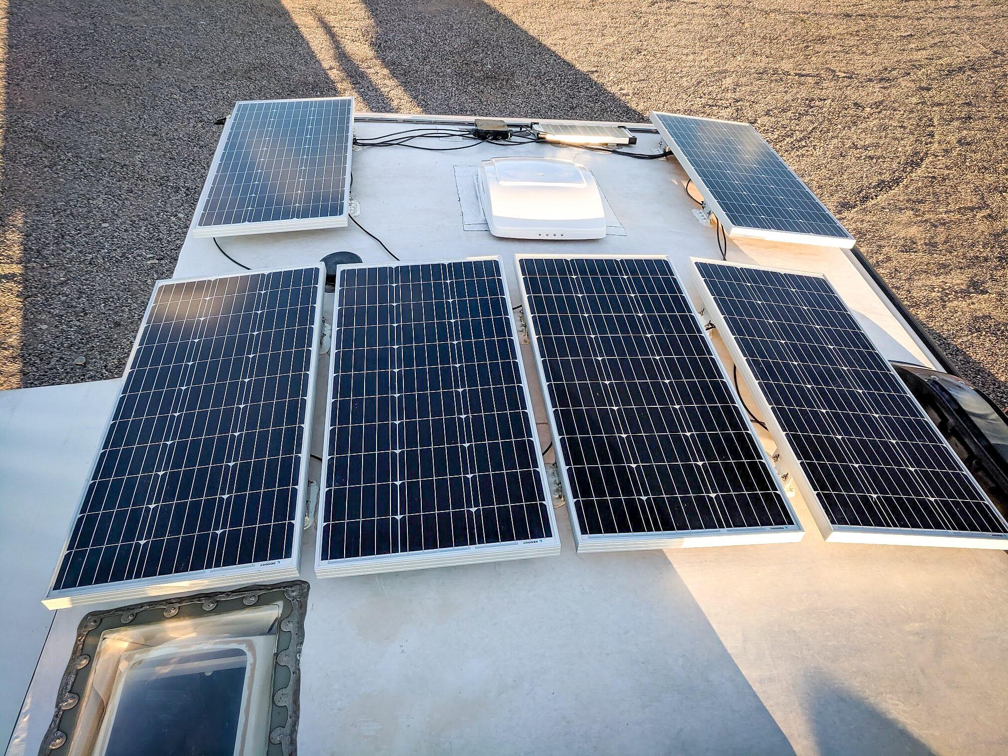 600W RV Solar Panels