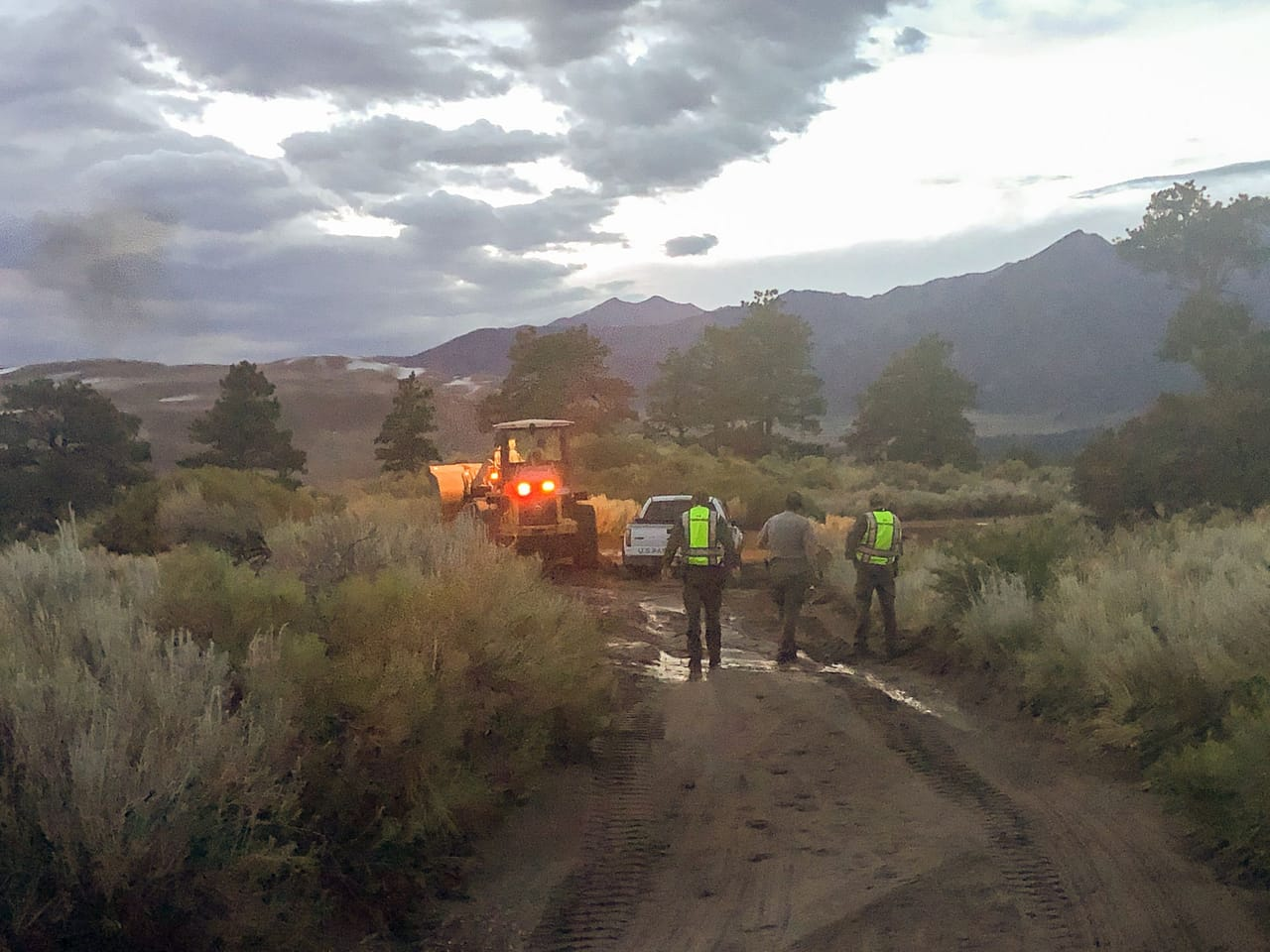 Medano Pass Primitive Road: Off-Roading Goes Wrong!